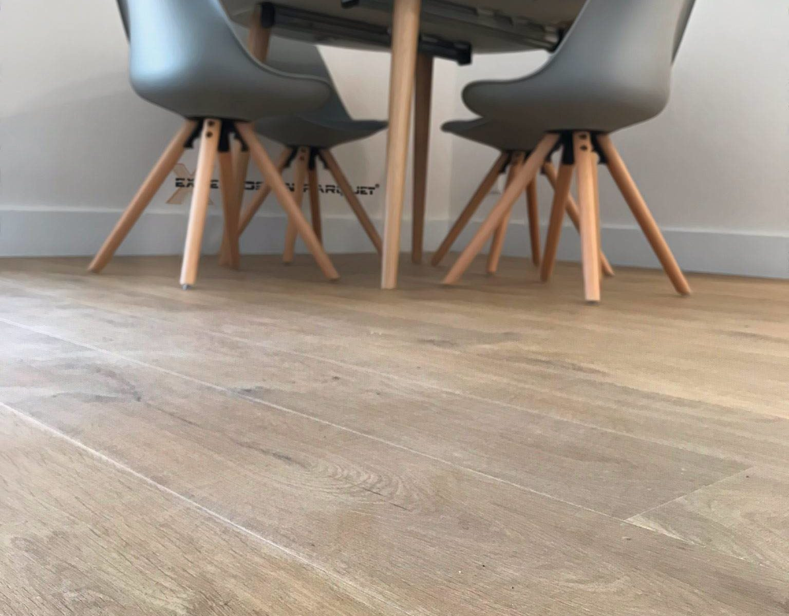 Quick Step Impressive Roble Suave Natural