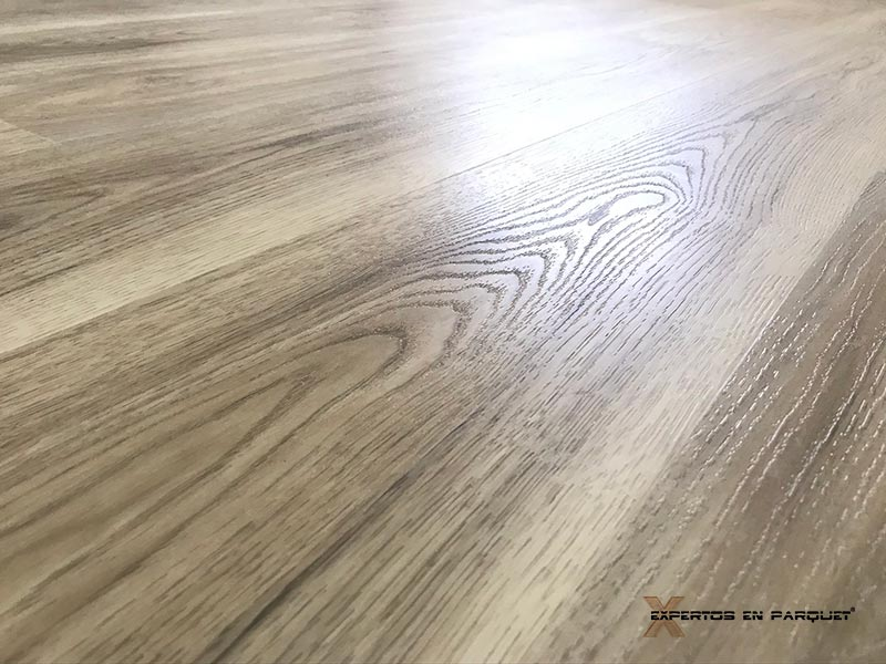 Suelo vinílico Nature Floor SPC Roble Sevilla